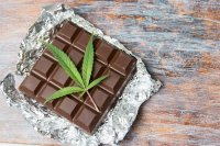 Marijuana leaf with chocolate pieces